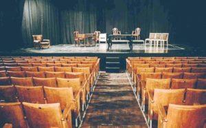 Σε απόγνωση οι άνθρωποι του θεάτρου – Άδεια ταμεία και αβεβαιότητα για την επόμενη μέρα