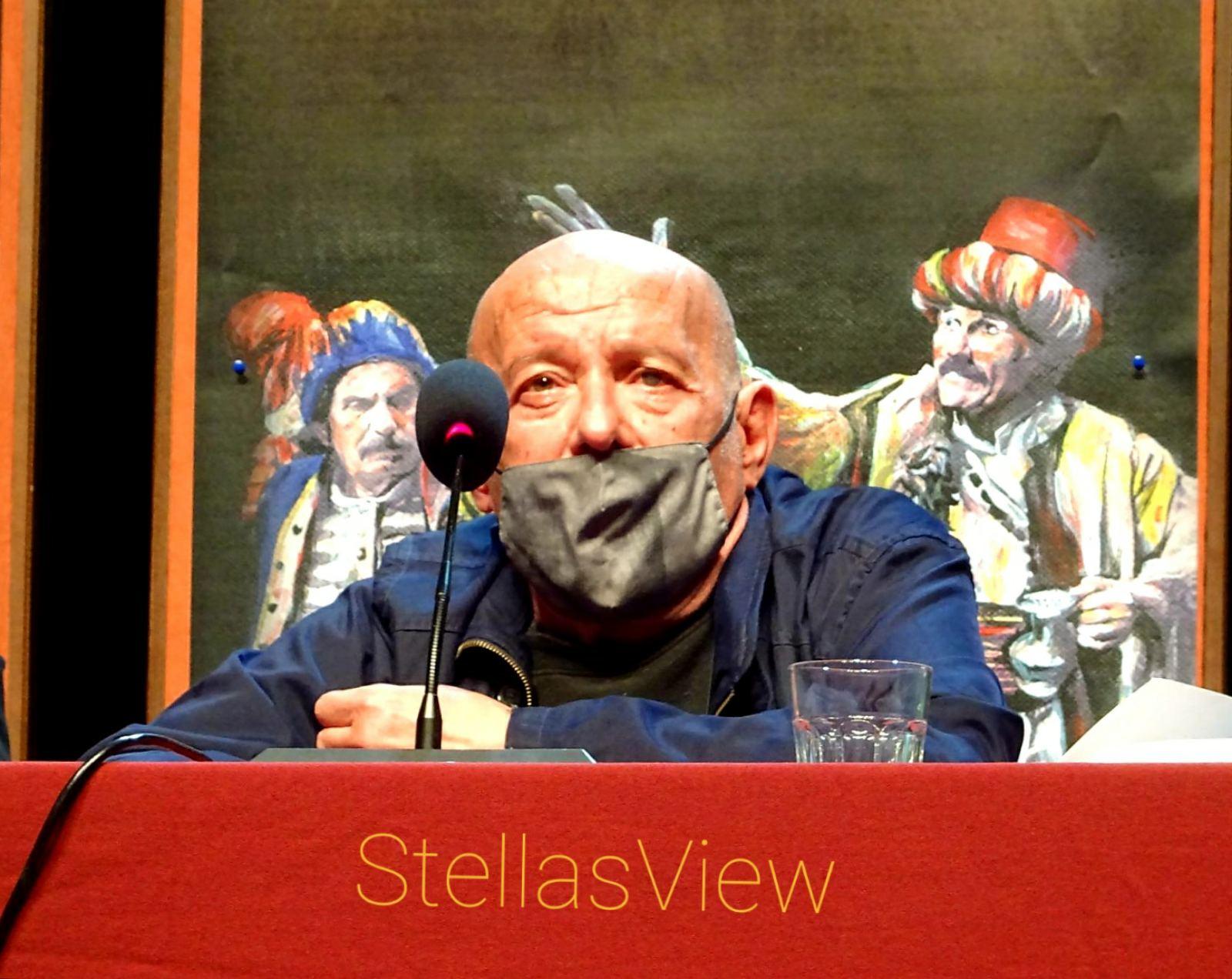 Βασίλης Παπαβασιλείου: «Το θέατρο είναι μια ιαματική τέχνη»