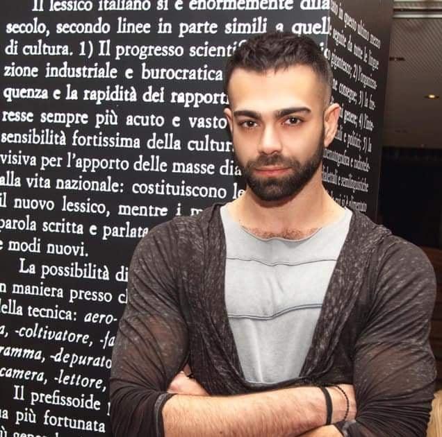 """Κωνσταντίνος Τσερκάκης: """"Το θέατρο είναι μοίρα δεν είναι επιλογή"""""""