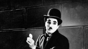 """Τσάρλι Τσάπλιν: Σαν σήμερα γεννήθηκε ο μεγαλύτερος """"Σιωπηλός"""" σταρ του Παγκόσμιου Κινηματογράφου"""