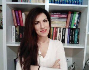 """Έλενα Γεράνη: """"Η συγγραφή είναι ένα μαγικό ταξίδι όπου βυθίζομαι στον εσωτερικό μου κόσμο για να προσφέρω συναίσθημα"""""""