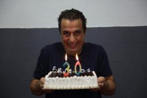 """Κωνσταντίνος Ραβνιωτόπουλος: """"Μη γελιέστε. Η πραγματική ζωή είναι εκεί έξω, για αυτό σας θέλουν κλεισμένους μέσα"""""""
